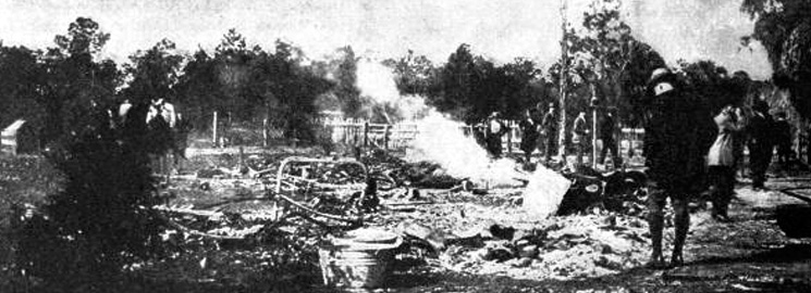 Ruins of a burned African American home - Rosewood, Florida. 1923. Black & white photoprint. State Archives of Florida, Florida Memory. Accessed 2 Feb. 2016.